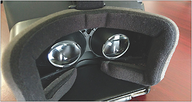 Figure 4. Geometric optics in a virtual reality headset. 